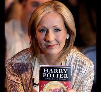 J.K. Rowling présente le septième volume des aventures...