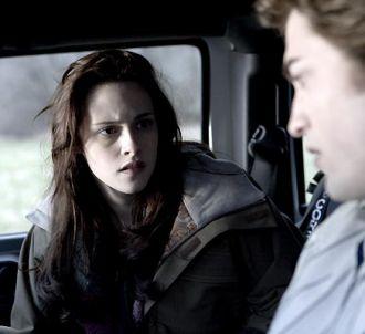 Kristen Stewart et Robert Pattinson dans 'Twilight -...
