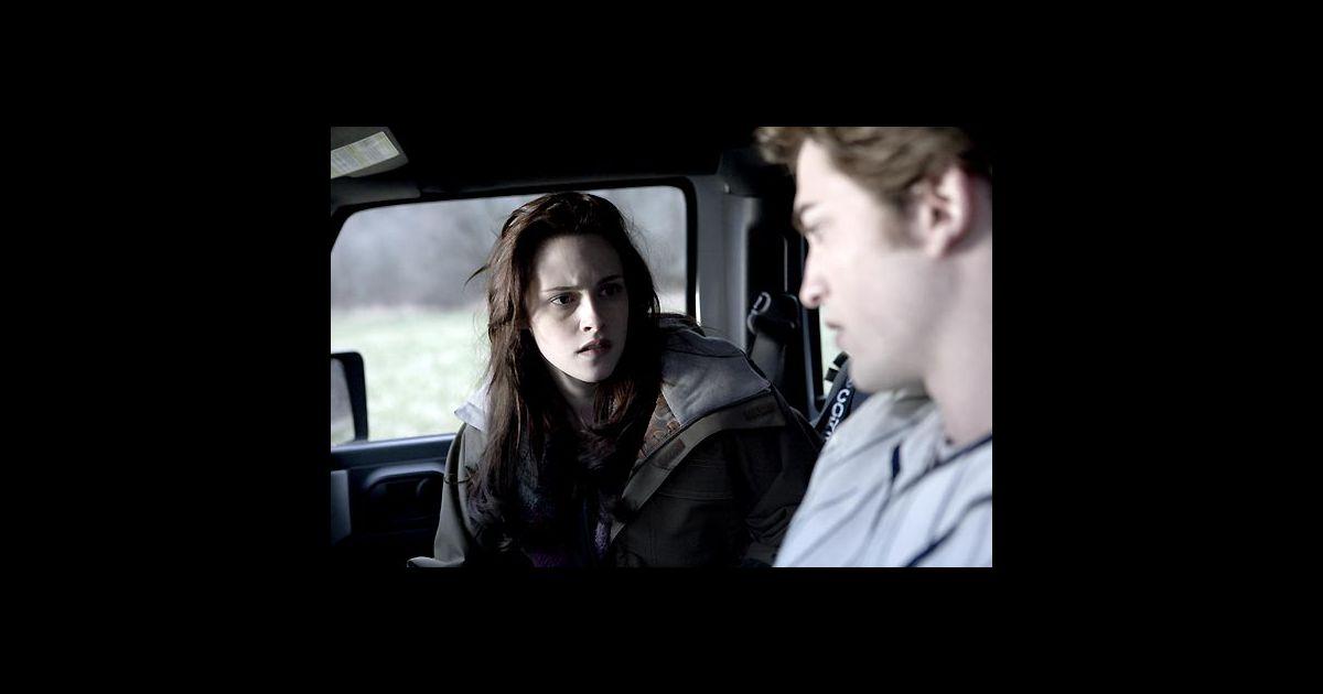 "Kristen Stewart et Robert Pattinson dans ""Twilight ... Robert Pattinson"