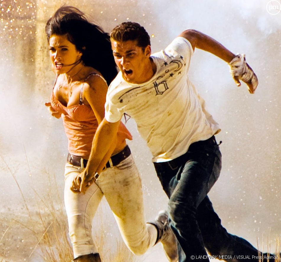 "Megan Fox et Shia LaBeouf dans ""Transformers 2 - La revanche"""