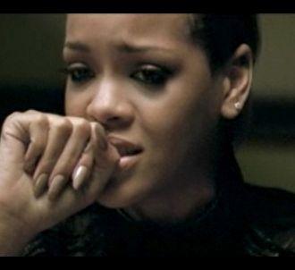 Rihanna dans le clip de 'Russian Roulette'