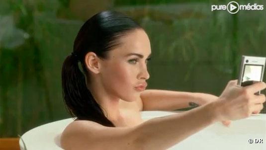Megan Fox dans la publicité Motorola
