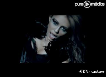 "Miley Cyrus dans le clip de ""Can t Be Tamed"""