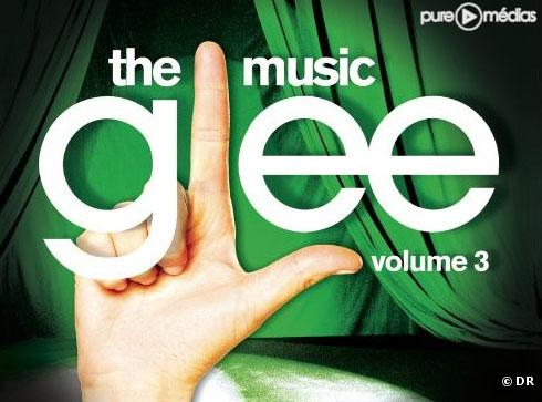 """Glee: The Music, Volume 3 Showstoppers"""