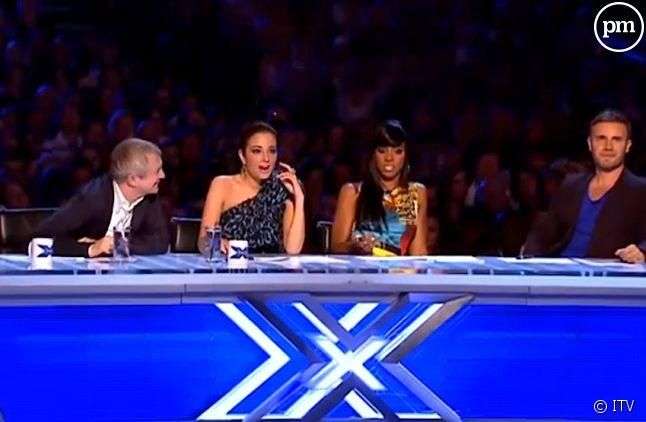 """Louis Walsh, Tulisa, Kelly Rowland et Gary Barlow sont les jurés de """"The X Factor"""" 2011."""