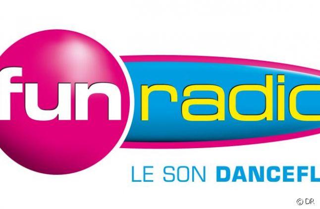 Fun Radio Logo PNG Transparent & SVG Vector - Freebie Supply