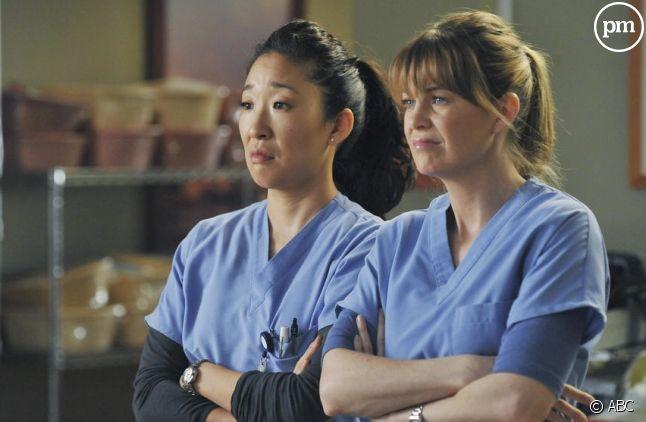 """Sandra Oh et Ellen Pompeo dans """"Grey's Anatomy"""""""