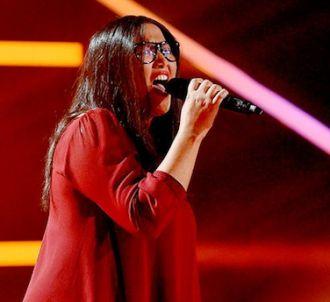 Amalya chante 'Set Fire to the Rain'