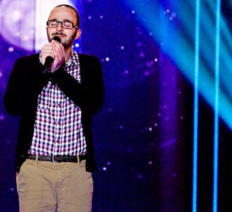 Jhony Maalouf chante 'You Raise Me Up'