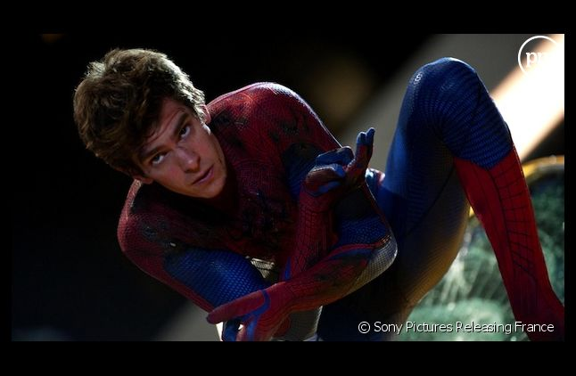 "Andrew Garfield reprendra le rôle de Peter Parker dans la suite de ""The Amazing Spider-Man"""