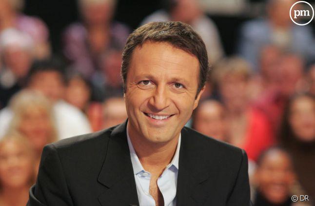 Arthur a délocalisé sa principale société au Luxembourg.
