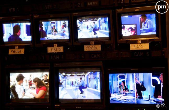 """Dans """"C dans l'air"""" sur France 5, les hommes crèvent l'écran."""
