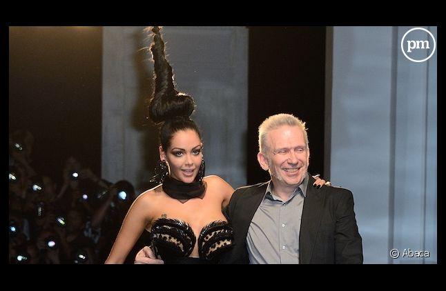 Jean-Paul Gaultier répond aux critiques d'un spécialiste de la mode après le défilé de Nabilla