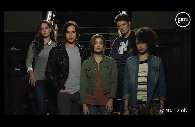 """ABC Family annule """"Ravenswood"""""""