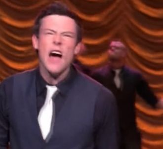 Glee - 'Light Up the World'