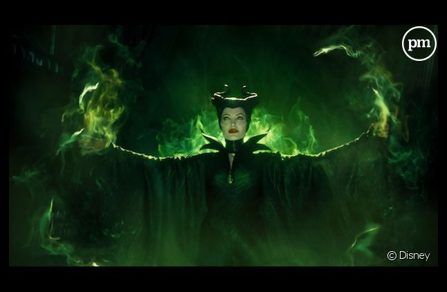 "Angelina Jolie cartonne avec ""Maléfique"""