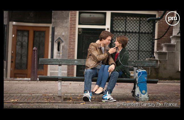 """""""Nos étoiles contraires"""" démarre en tête du box-office US"""