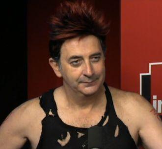 François Morel en punk face à Manuel Valls