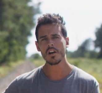 Fréro Delavega dévoile le clip de 'Mon petit pays'