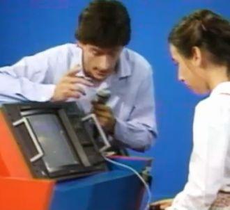 Première télévision de Christophe Dechavanne en 1983 dans...