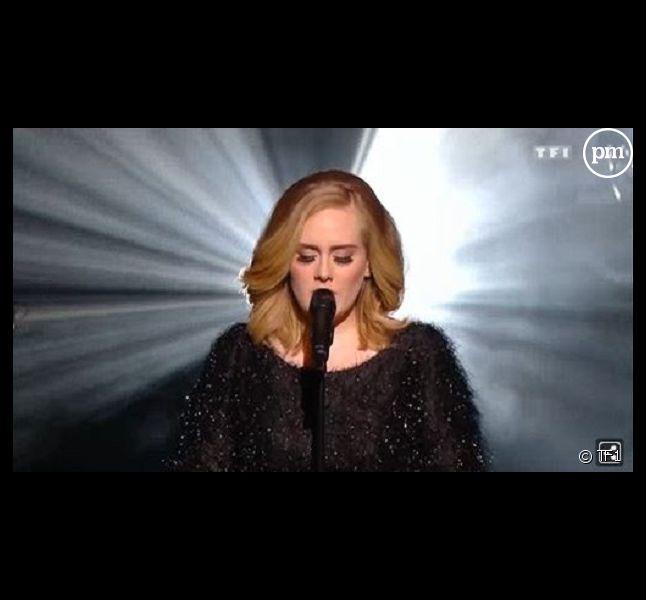 Capture d'écran de la prestation d'Adèle aux NRJ Music Awards 2015