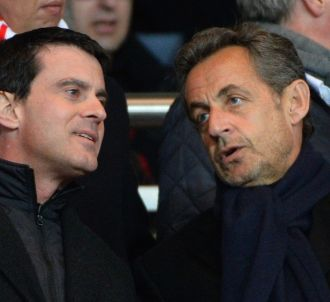 Manuel Valls et Nicolas Sarkozy au Parc des Princes en...