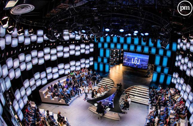 """Le plateau du """"Grand Journal"""" de Canal+"""