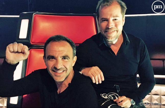 """Nikos Aliagas et Tristan Carné, réalisateur de """"The Voice""""."""