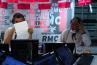 En larmes, Jean-Michel Larqué fait ses adieux à RMC après la victoire des Bleus