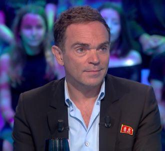Yann Moix fait ses premiers pas dans 'Les Terriens du...