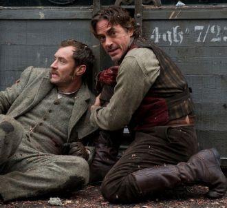 Jude Law et Robert Downey, Jr. dans 'Sherlock Holmes :...
