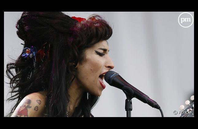 Amy Winehouse, sur scène en 2008