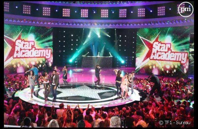 """Le plateau de la """"Star Academy"""", en 2008 sur TF1"""