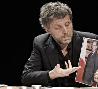 Stéphane Guillon dans son spectacle 'En liberté très...