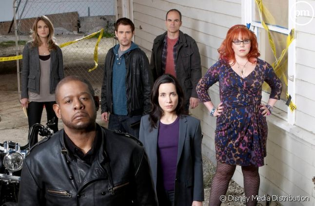 "Le cast de ""Criminal Minds: Suspect Behavior"""