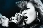 Charts US : Kelly Clarkson détrône Adele, Madonna démarre fort