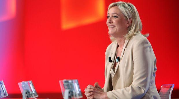 Marine Le Pen, sur le plateau du