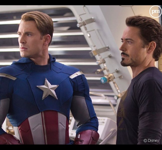 "Chris Evans et Robert Downey, Jr. dans ""Avengers"""