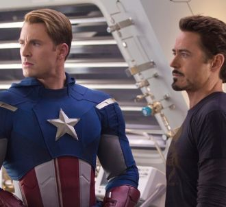 Chris Evans et Robert Downey, Jr. dans 'Avengers'