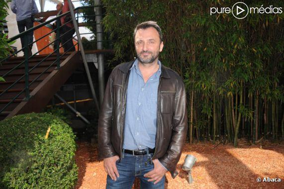 """Frédéric Lopez va présenter sur France Inter """"On va tous y passer""""."""