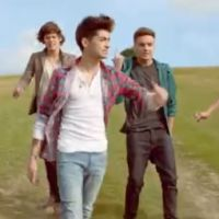 Clip : One Direction fait du camping pour