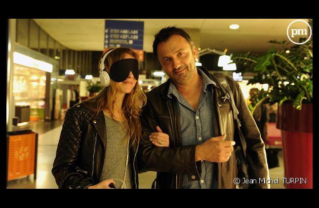 """Sylvie Testud part en """"Rendez-vous en terre inconnue"""" sur France 2"""