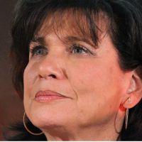 Anne Sinclair porte plainte contre