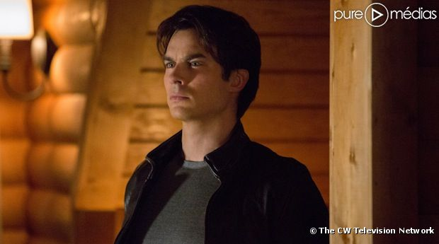 "The CW travaille à un spin-off de ""Vampire Diaries"""