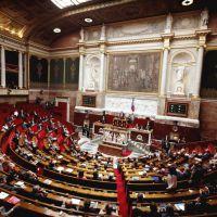 Mariage pour tous : Une journaliste du Monde prise à partie par l'UMP à l'Assemblée nationale