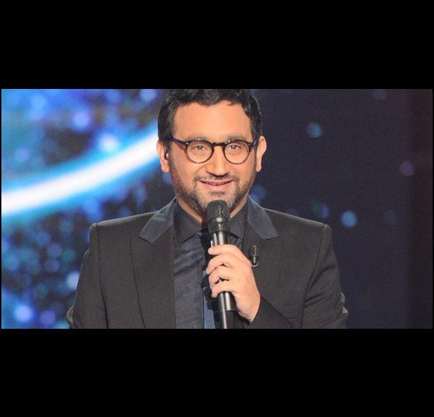 A chaque prime, une nouvelle paire de lunettes pour Cyril Hanouna.