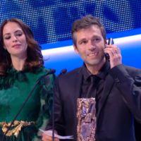Zapping : Jean-Louis Trintignant reçoit son César de meilleur acteur par téléphone
