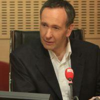 Laurent Bazin (RTL) débaucherait bien Caroline Roux (Europe 1)