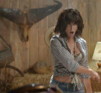 Jenifer dévoile le clip de 'Poupée de cire, poupée de...