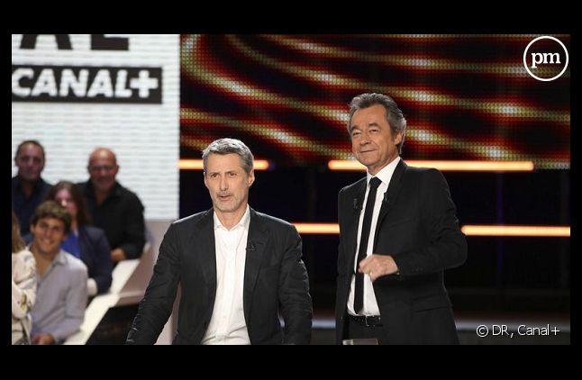 """Antoine de Caunes et Michel Denisot au """"Grand journal"""" de Canal+"""